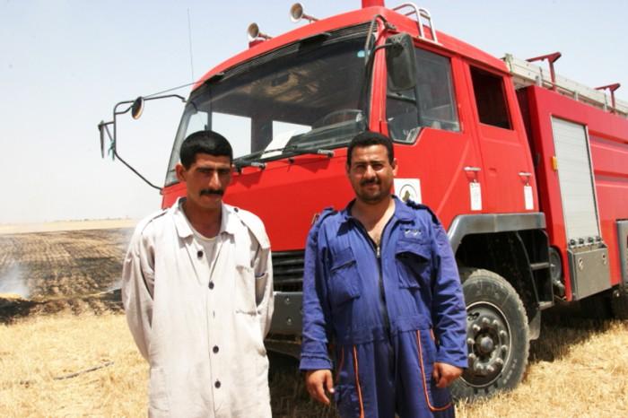 103サダムフセインの影響がなくなったキルクークに戻ってきたクルド人。 アラブ人の嫌がらせで畑に火を放たれた。