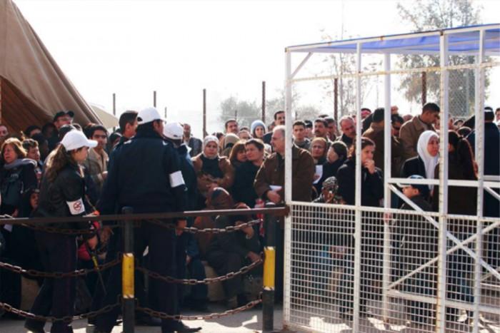 151003kubota03登録を待つイラク難民