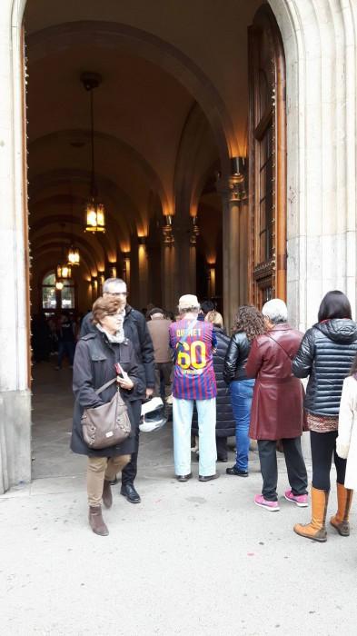 バルセロナ市内の投票所の様子