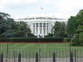 米大統領選 初討論会はクリントン氏圧勝
