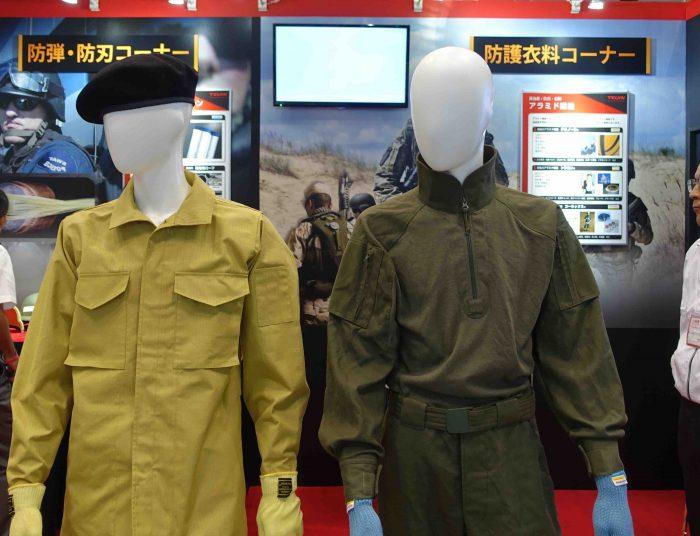 ④帝人は戦闘服に使用できる難燃ビニロンよりも高い性能を持った耐火繊維をもっているが、防衛省が採用する様子はないようだ。