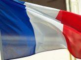 極右候補トップ、仏大統領選