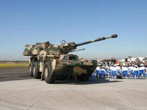 19式装輪自走155mmりゅう弾砲は戦える装備か